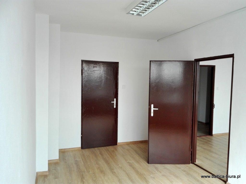 BALTICA Biura Koszalin. Tanie biura do wynajęcia w Koszalinie dla firm i instytucji. Własny parking, monitoring, system alarmowy.